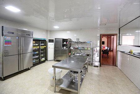 壹管家学院厨房