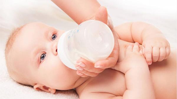 必看!新生儿需要重点呵护的八大身体部位,壹管家学院告诉您